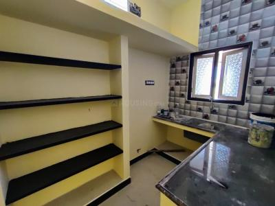 Gallery Cover Image of 400 Sq.ft 1 BHK Independent Floor for rent in Surappattu for 7000