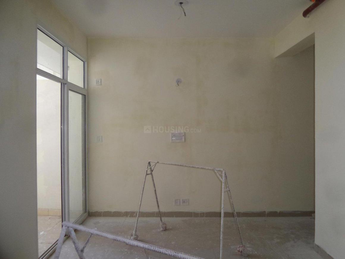 Living Room Image of 840 Sq.ft 2 BHK Apartment for rent in Mahagunpuram for 6000