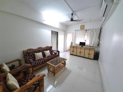 Gallery Cover Image of 1363 Sq.ft 3 BHK Apartment for rent in Ghatkopar West for 57000