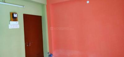 Gallery Cover Image of 260 Sq.ft 1 BHK Apartment for rent in South Dum Dum for 5500