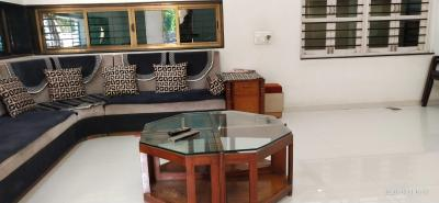 Gallery Cover Image of 900 Sq.ft 2 BHK Apartment for buy in Isanpur for 3800000