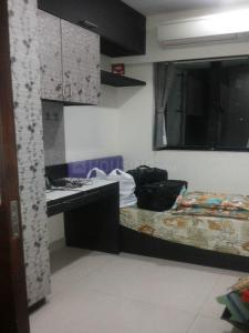 Gallery Cover Image of 1250 Sq.ft 3 BHK Apartment for rent in Kandivali East for 36000