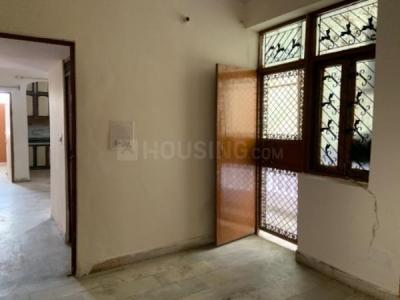 Gallery Cover Image of 1400 Sq.ft 3 BHK Apartment for rent in Plot A-10 Mahagun Estates 7, Shalimar Garden for 11000