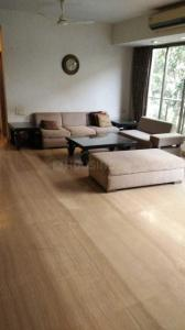 Gallery Cover Image of 1600 Sq.ft 3 BHK Apartment for rent in Khar West for 150000