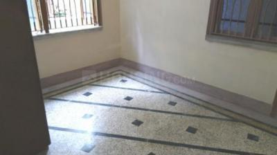 Gallery Cover Image of 380 Sq.ft 1 BHK Apartment for rent in Lake Town for 5500