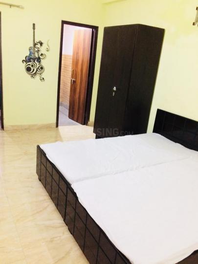 सुशांत लोक आई में बर्ड हाउस पीजी में बेडरूम की तस्वीर
