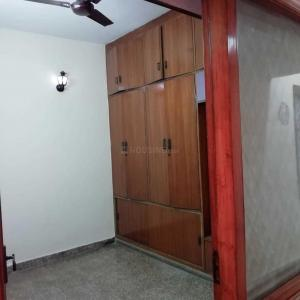 Gallery Cover Image of 1350 Sq.ft 2 BHK Independent Floor for rent in Lajpat Nagar for 28000