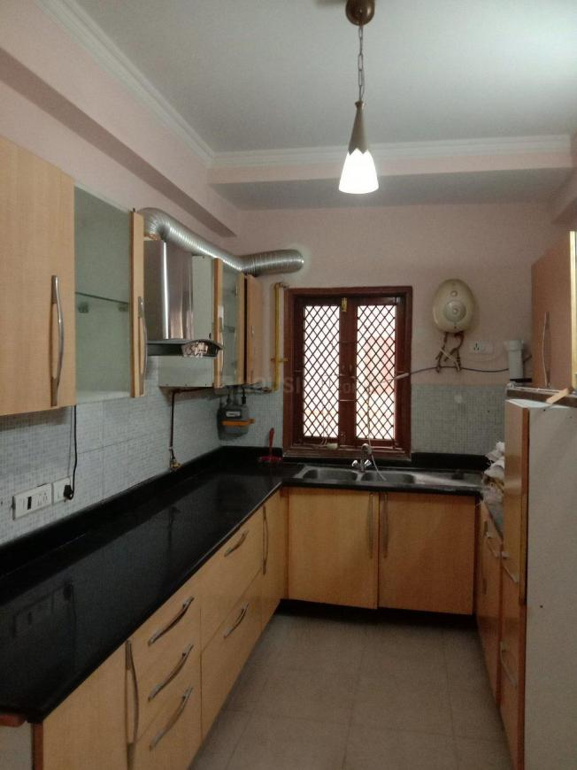 Kitchen Image of 1950 Sq.ft 3 BHK Apartment for rent in Sector 12 Dwarka for 35000