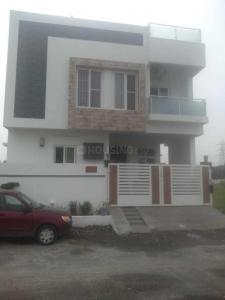 Gallery Cover Image of 600 Sq.ft 2 BHK Independent House for buy in Kelambakkam for 3100000