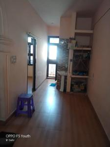 Gallery Cover Image of 700 Sq.ft 1 BHK Independent Floor for rent in Najafgarh for 7000