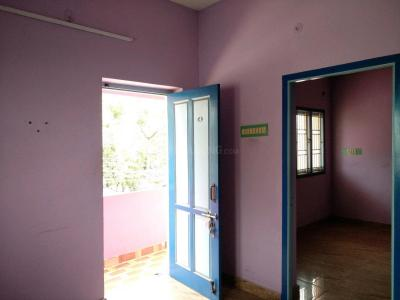 Gallery Cover Image of 450 Sq.ft 1 BHK Independent Floor for rent in Ambattur for 6500