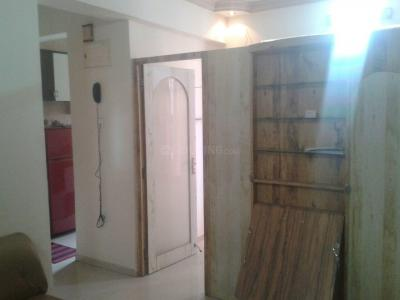 Gallery Cover Image of 585 Sq.ft 1 BHK Apartment for rent in Kandivali East for 24500