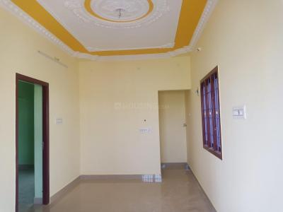 Gallery Cover Image of 600 Sq.ft 1 BHK Independent House for buy in Veppampattu for 1900000