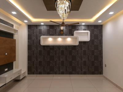Gallery Cover Image of 1100 Sq.ft 3 BHK Apartment for buy in Uttam Nagar for 6500000