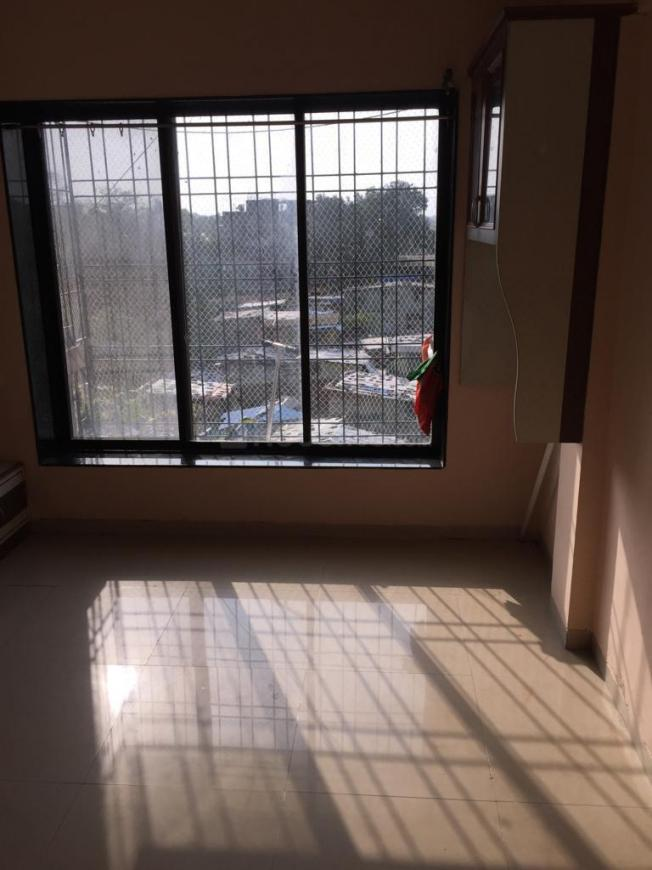 Bedroom Image of 1000 Sq.ft 2 BHK Apartment for buy in Kurla West for 14999999
