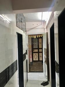 Gallery Cover Image of 600 Sq.ft 1 BHK Apartment for rent in Borivali West for 21000