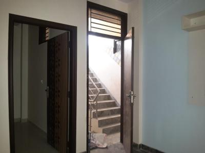 Gallery Cover Image of 450 Sq.ft 2 BHK Apartment for rent in Uttam Nagar for 10000