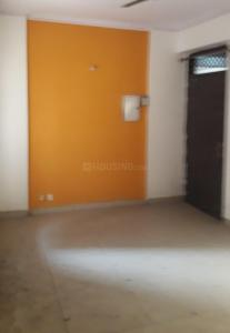 Gallery Cover Image of 1100 Sq.ft 3 BHK Apartment for rent in Govindpuram for 8500