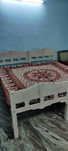 Gallery Cover Image of 950 Sq.ft 1 BHK Independent Floor for rent in Dalanwala for 9000