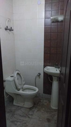 Common Bathroom Image of 1500 Sq.ft 3 BHK Independent Floor for rent in Vaishali for 16000