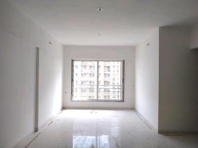 Gallery Cover Image of 868 Sq.ft 2 BHK Apartment for buy in Malad West for 15000000