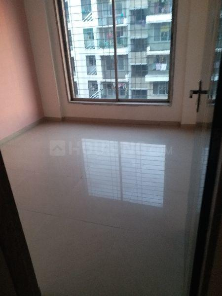 Bedroom Image of 610 Sq.ft 1 BHK Apartment for rent in Vasai West for 8000