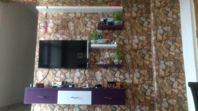 Gallery Cover Image of 980 Sq.ft 2 BHK Apartment for rent in Dhanori for 21000