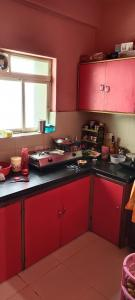 Gallery Cover Image of 1000 Sq.ft 3 BHK Apartment for rent in Behala for 14000