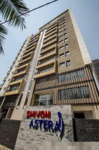 Gallery Cover Image of 1634 Sq.ft 3 BHK Apartment for buy in Shivom Astera, Kasba for 13500000