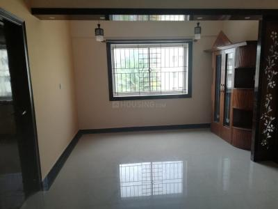 Gallery Cover Image of 2000 Sq.ft 3 BHK Apartment for rent in Shravanthi Shashwathi, 5th Phase for 32000