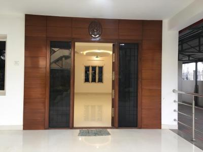 Gallery Cover Image of 5000 Sq.ft 5 BHK Villa for rent in Valasaravakkam for 100000
