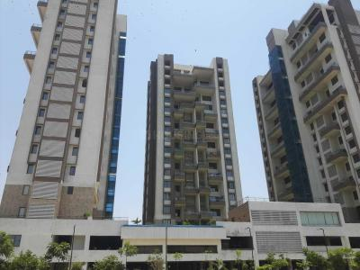 Gallery Cover Image of 1649 Sq.ft 3 BHK Apartment for buy in Kharadi for 11235000