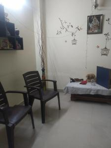 Gallery Cover Image of 1390 Sq.ft 3 BHK Independent Floor for buy in Sector 49 for 4000000