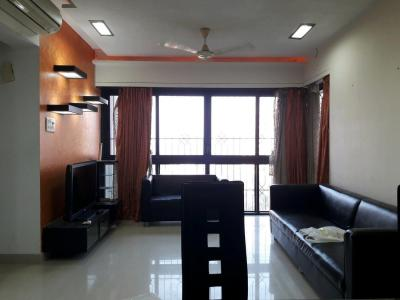Gallery Cover Image of 780 Sq.ft 1.5 BHK Apartment for rent in Kandivali East for 25000