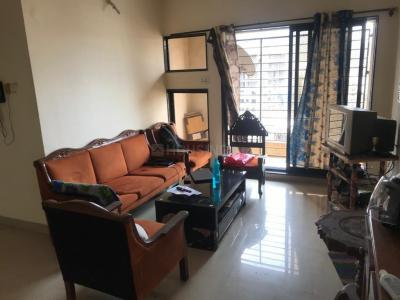 Gallery Cover Image of 1050 Sq.ft 3 BHK Apartment for rent in Group Rushi Heights, Malad East for 60000