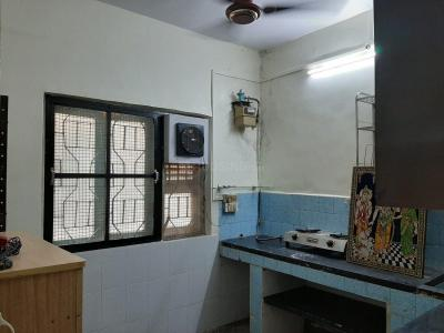 Gallery Cover Image of 310 Sq.ft 1 RK Apartment for rent in Santacruz East for 25000