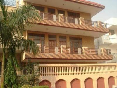 Gallery Cover Image of 960 Sq.ft 1 BHK Independent House for rent in Sector 4 for 11500