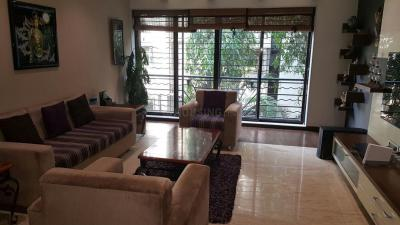 Gallery Cover Image of 2350 Sq.ft 4 BHK Apartment for rent in Juhu for 250000
