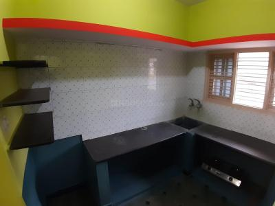 Gallery Cover Image of 400 Sq.ft 1 BHK Independent House for rent in Kempegowda Nagar for 9000
