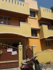 Gallery Cover Image of 1000 Sq.ft 3 BHK Independent House for rent in Velachery for 25700