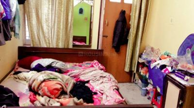 Bedroom Image of Girl's PG Tollygunj in Tollygunge