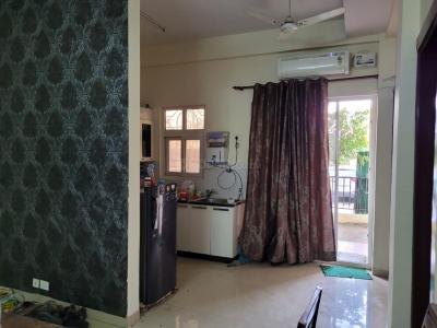 Gallery Cover Image of 1250 Sq.ft 3 BHK Apartment for rent in Saya Zenith, Ahinsa Khand for 21000
