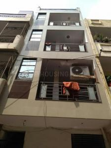 Building Image of PG 4040675 Tilak Nagar in Tilak Nagar