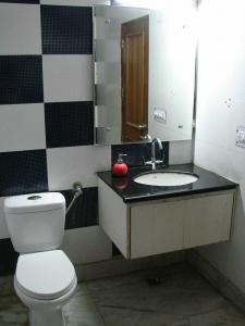 Bathroom Image of Monica PG in Sector 5 Rohini