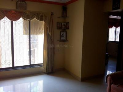 Gallery Cover Image of 550 Sq.ft 1 BHK Apartment for rent in Kandivali West for 27000