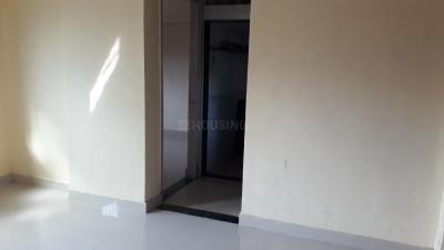 Living Room Image of 425 Sq.ft 1 BHK Apartment for rent in Laxmi Park, Thane West for 12000