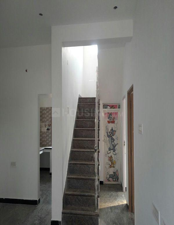 Living Room Image of 1000 Sq.ft 2 BHK Independent House for buy in Urapakkam for 5000000
