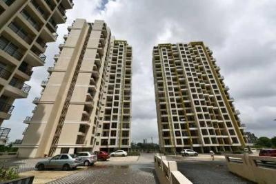 Gallery Cover Image of 695 Sq.ft 1 BHK Apartment for rent in Gurukrupa Guru Atman, Kalyan West for 10000
