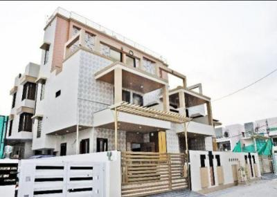 Gallery Cover Image of 3600 Sq.ft 4 BHK Independent House for buy in Bopal for 19100000