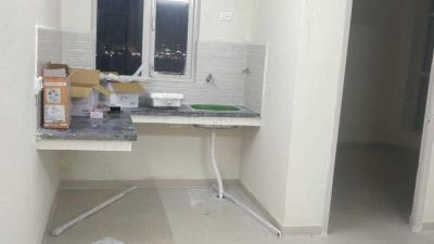 Gallery Cover Image of 600 Sq.ft 1 BHK Apartment for rent in Auric City Homes, Sector 82 for 5500